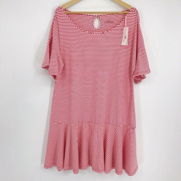 Vineyard Vines Dresses & Skirts - Vineyard Vines Stripe Flutter Sleeve Flounce Dress
